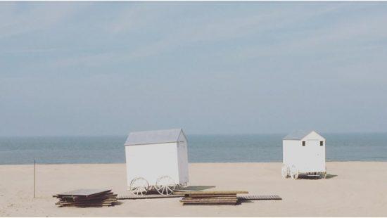 Hier aan de kust – strandhuisjes