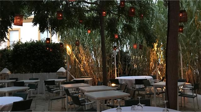 Barts-Boekje- Macao Café