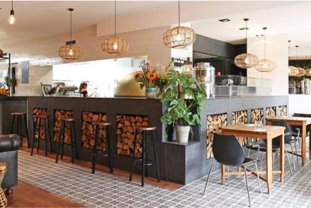 Barts-Boekje-Pizza Heart Bar amsterdam