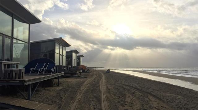 Barts-Boekje- strandhuisje Groede