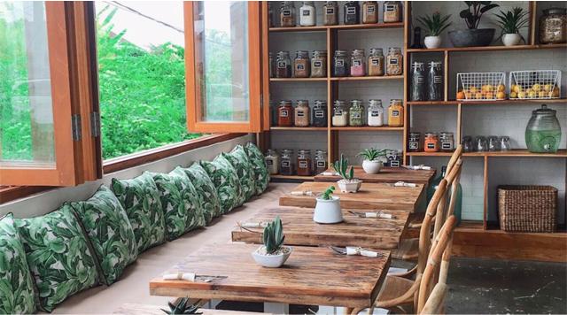Barts Boekje - two trees eatery 2