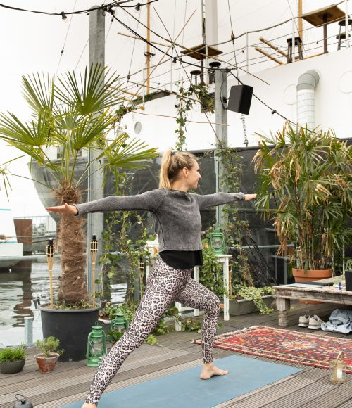 Yoga op 't Noorderschip: Nienke
