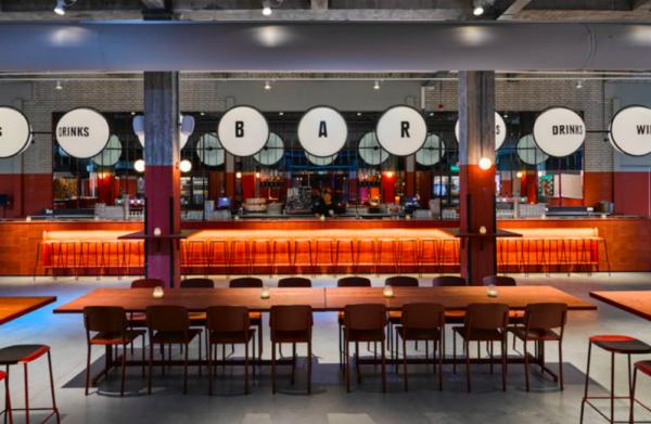 Nog tot 14 juli: Pop-up babyrestaurant in de Foodhallen, Rotterdam