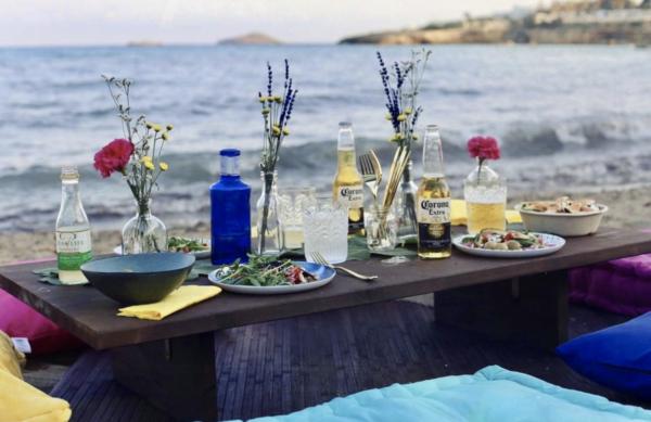 Nieuw op Ibiza: Moos Kitchen, Cala Llonga, Ibiza