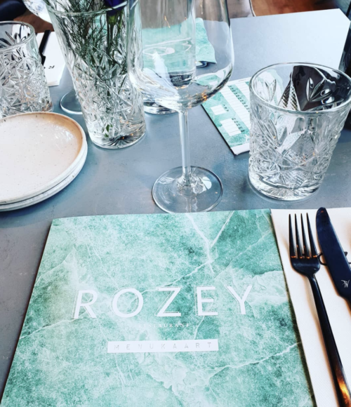 Nieuw in Rotterdam: het eerste vegan all you can eat restaurant van het land: Rozey Rotterdam