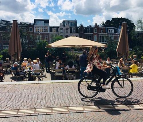 Amsterdam Oostpoort: Blend coffee & wine