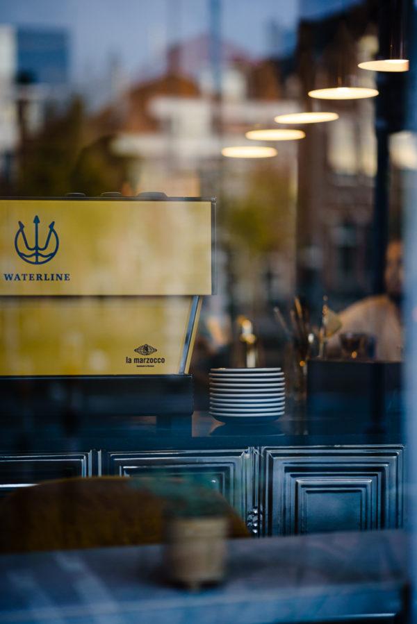 Bar Waterline: koffie en cocktails in Haarlem