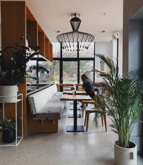 Een goed begin… Is het ontbijtbuffet van restaurant Pine House in Strandhotel Cadzand, Zeeuws-Vlaanderen