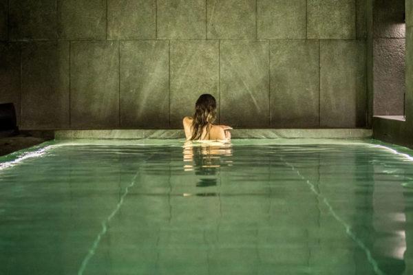 Vegan massages met The Tides Wellness bij Away Spa in W Amsterdam