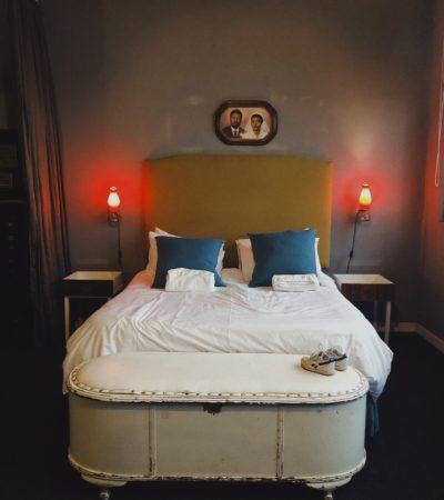 12 Decades Art Hotel - Barts Boekje