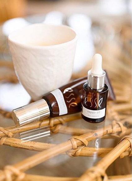 Natuurlijke skincare: holistische clean beauty bij Skin District met Esse Probiotic Skincare