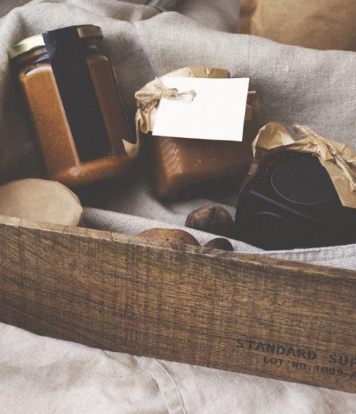 Borrel, diner, bloemen… En de meest complete en Goedgevulde pakketten met lekkers aan huis!