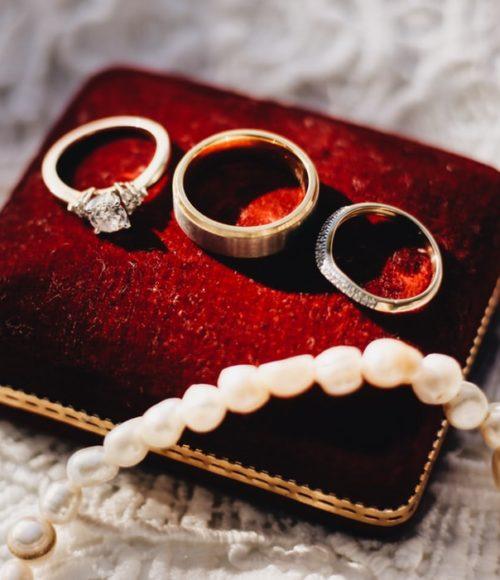 Onze lievelingen: de mooiste sieradenmerken (naar onze bescheiden mening)
