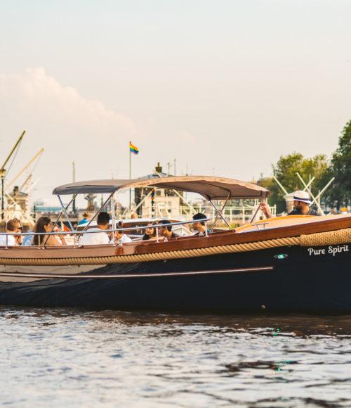 #daslief voor de zorg! Pure Boat geeft een rondje