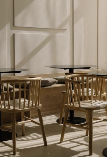 30+ beste ideeën over eetkamer stoelen en tafels | tafels