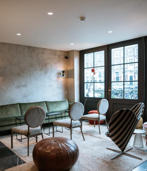 Locatie check, knap decor check, tiptop service check – ja hoor, bij het onlangs verbouwde Hotel The Times in Amsterdam moet je zijn