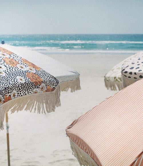 De mooiste (vintage look) parasols? Hier scoor je ze