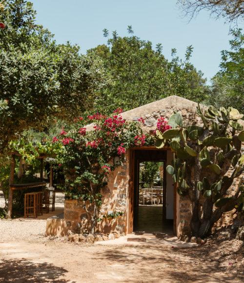 IBIZA's verborgen parels to stay & unwind #2 – Finca Can Marti ibiza