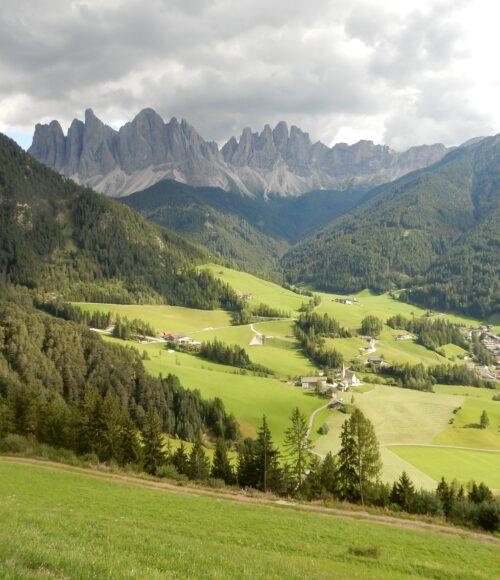 De zonnige kant van de Dolomieten in Zuid Tirol, Val d'Ega