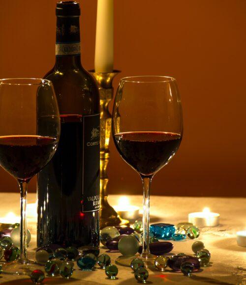 Dit zijn dé rode wijnen voor tijdens de feestdagen