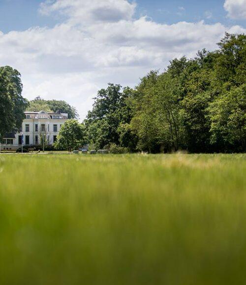 Landgoed Lauswolt is chique vertoeven in de Friese bossen