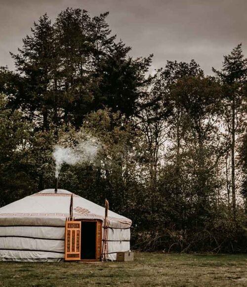 Winterwoods: kamperen in een yurt in Drenthe