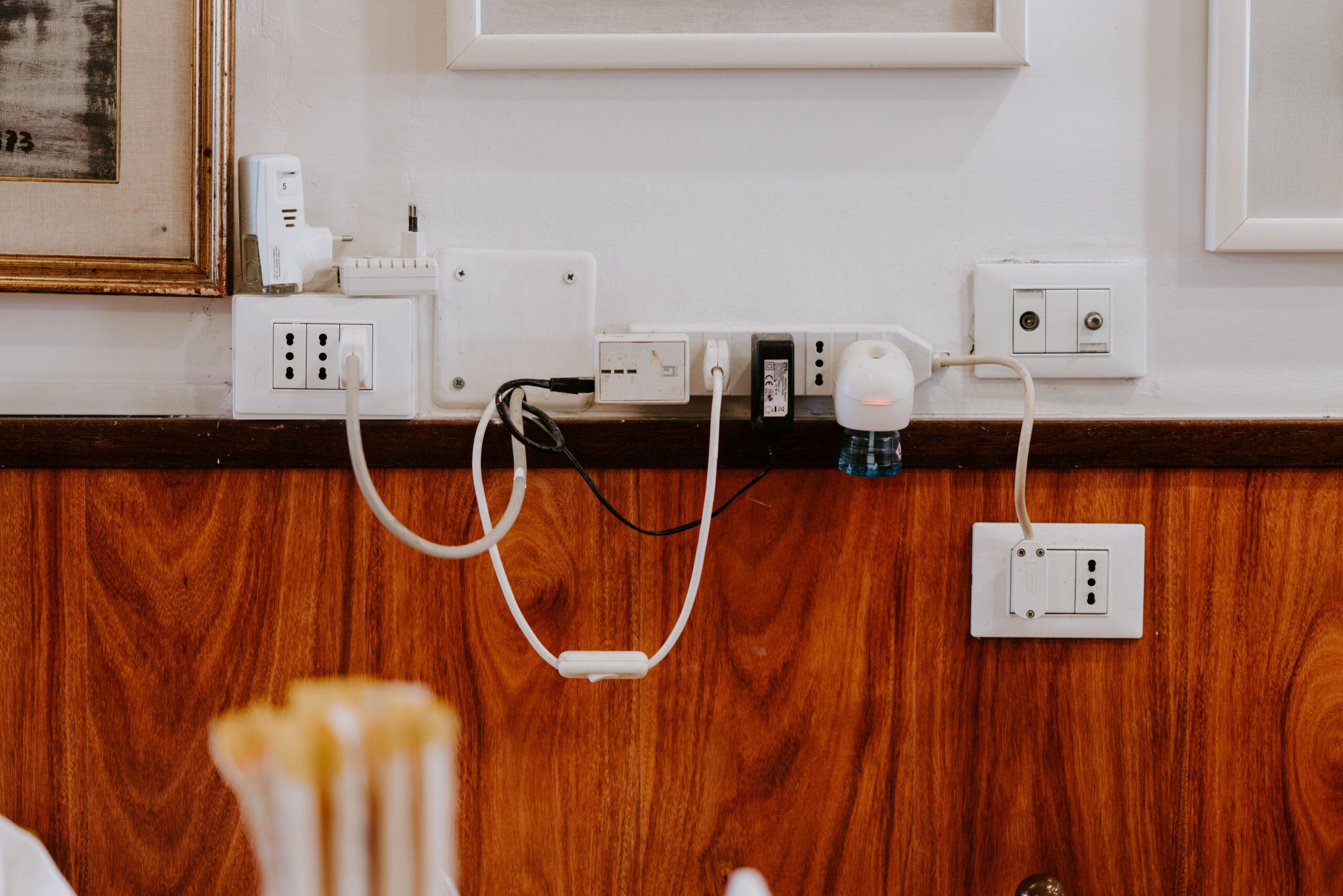 Bart Bouwt: mooie stopcontacten, ze bestaan