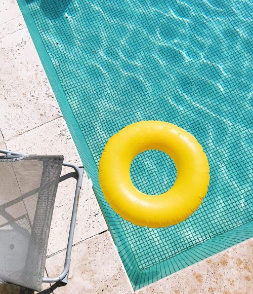 Nederlandse vakantiehuizen en hotels met een buitenzwembad (!)