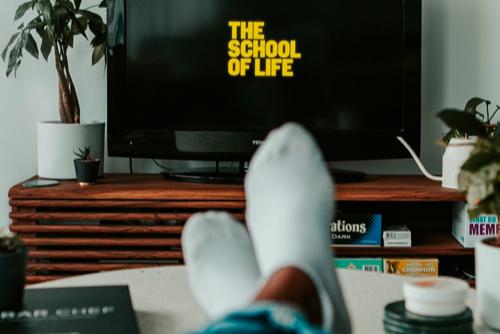 Gekke tijden zijn het en blijven het nog even – gelukkig komt The School of Life met goede ideëen