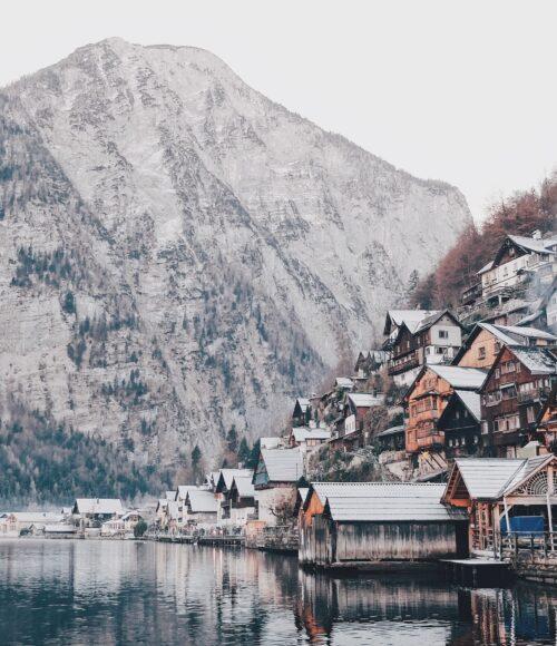 Heerlijke ski-resorts: zo de berg af (en hop de bar/ je bed in)